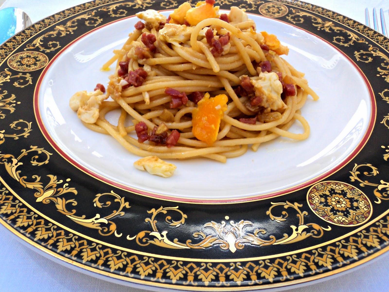 espaguetis-salsa-soja-cerca