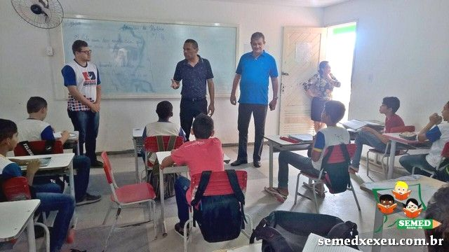 Eudo acompanha reformas das escolas e assina novos projetos