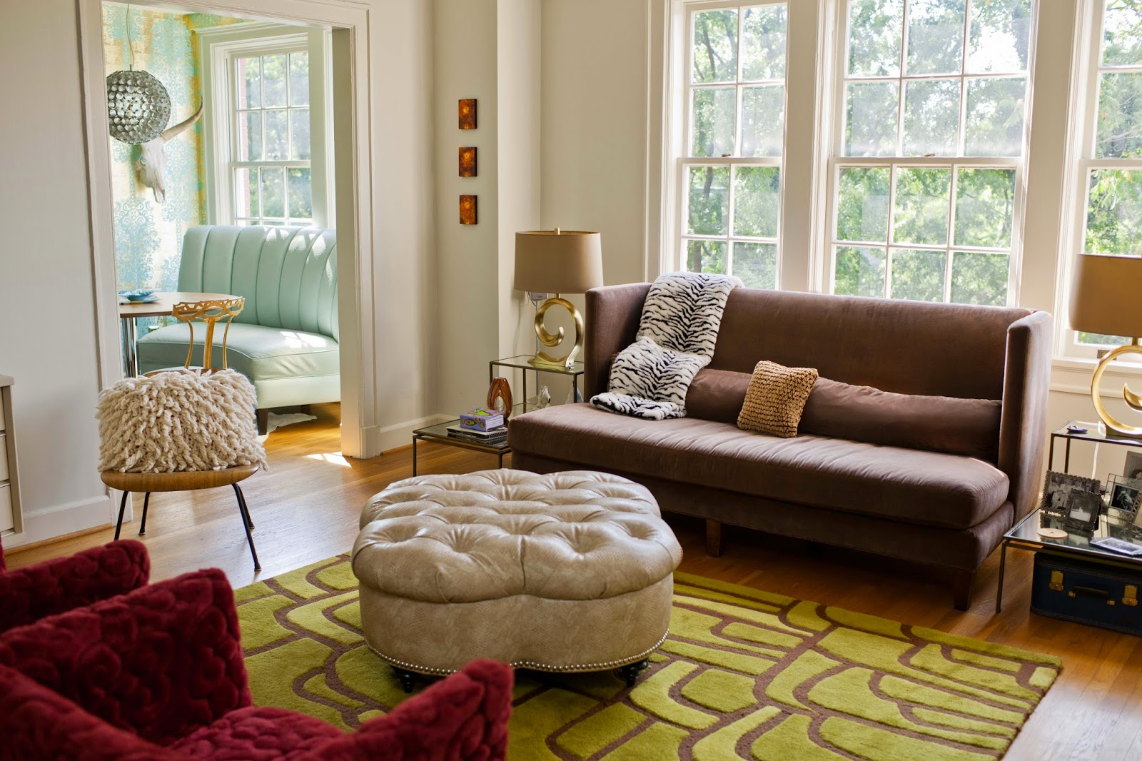 Rugs To Go With Chocolate Brown Sofa Larkin Table By Ameriwood Espresso House Revivals 17 Pretty Ways Decorate A