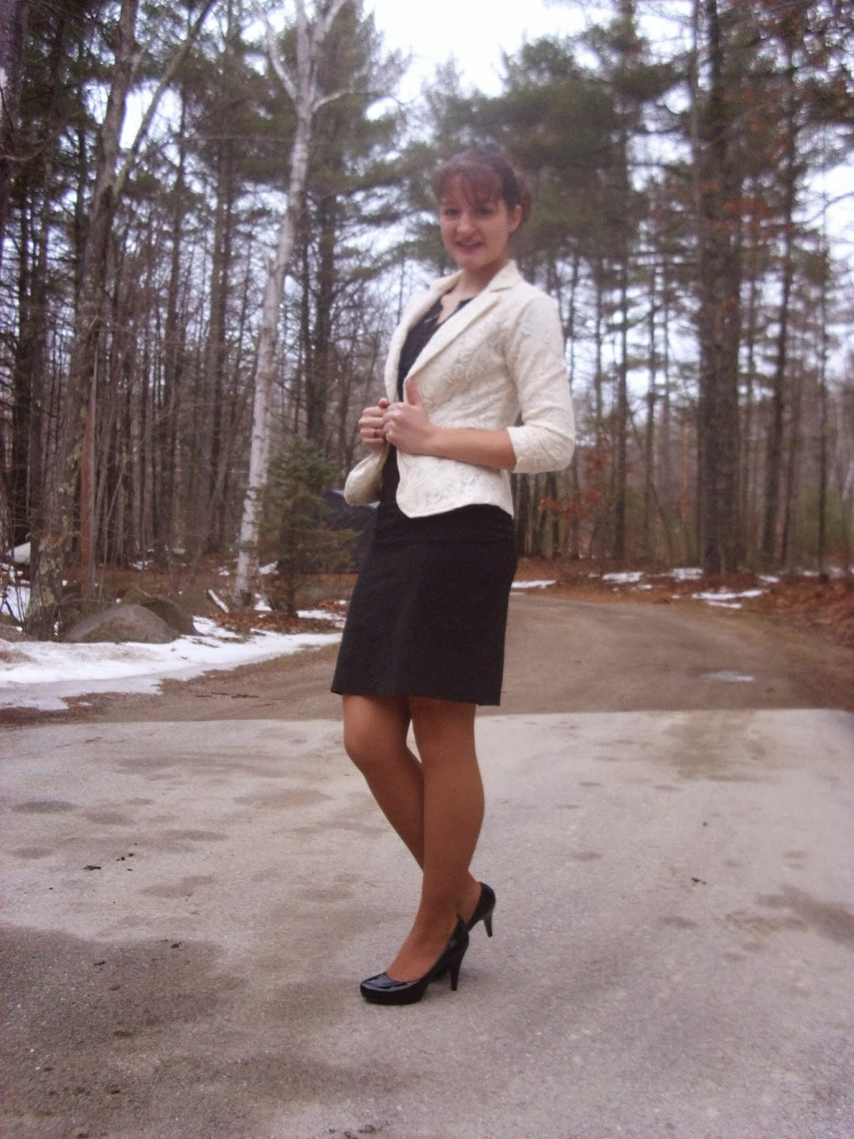 Interview outfit lace blazer high-waisted pencil skirt black heels via Young Yankee Lady