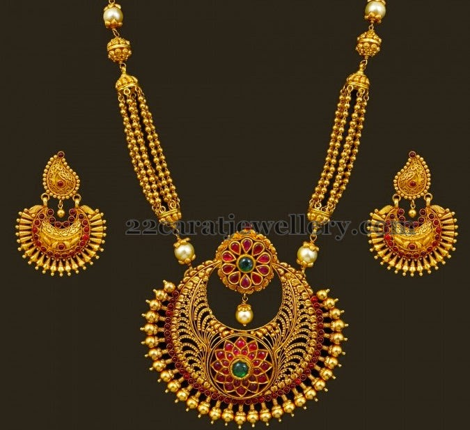 Small Indian Home Design: Antique Gold Balls Long Set