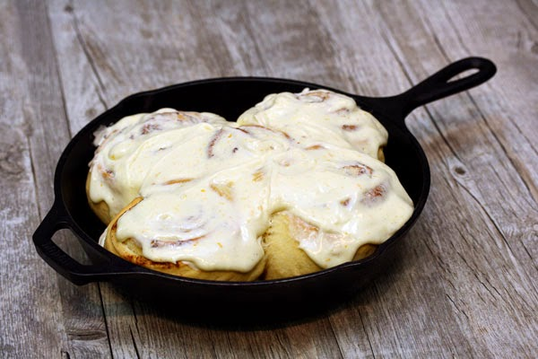 cast-iron-orange-cinnamon-rolls