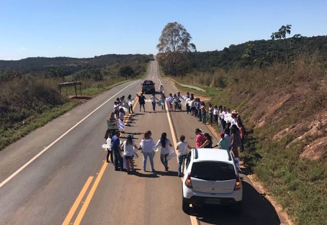 Morre menina que foi atropelada na BR-251, na região de Nova Betânia