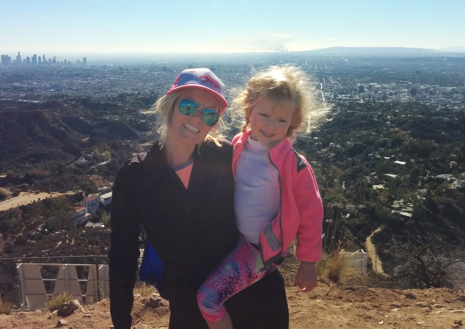 Mom and Daughter Hollywood Sign Hike Los Angeles California fit mom momswhohike fitfam hiking