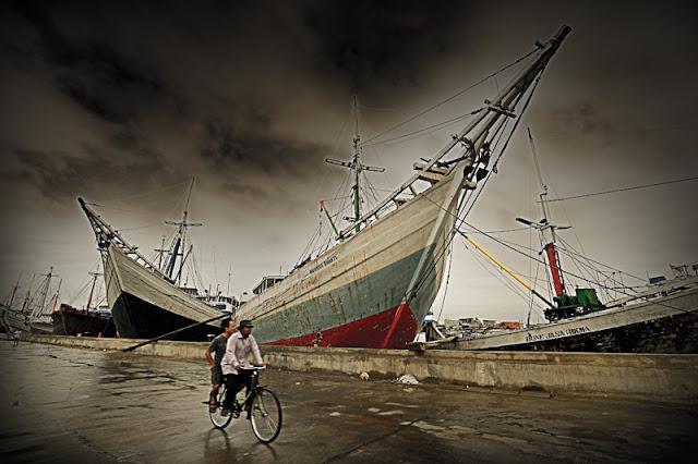 Rental Elf Pelabuhan Sunda Kelapa
