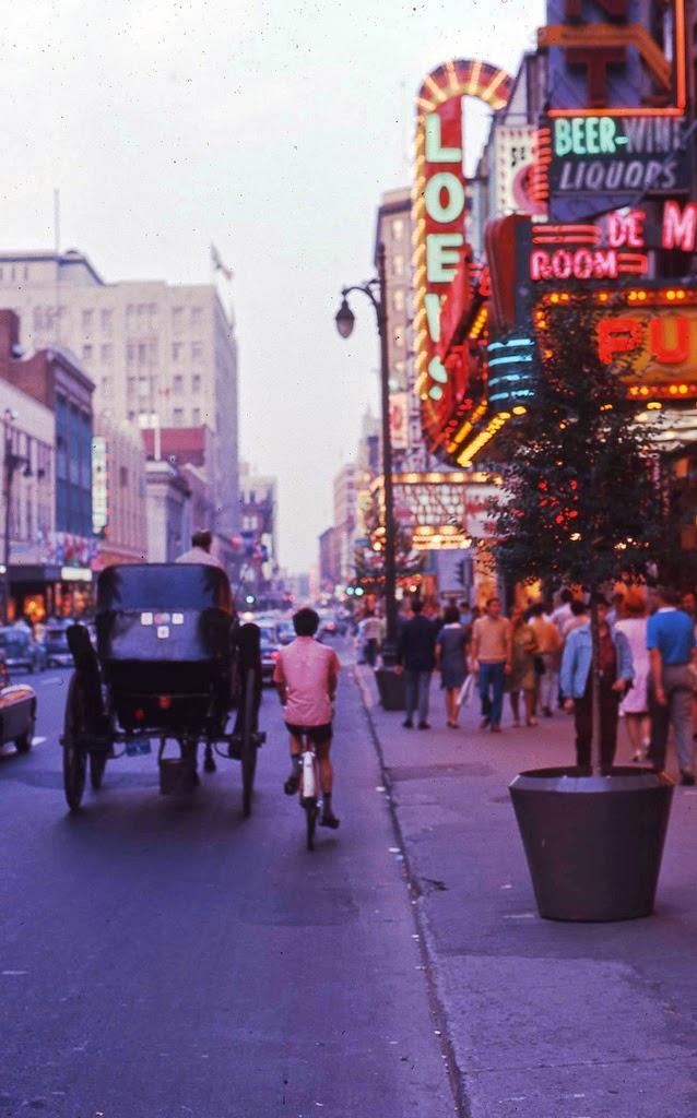 Wonderful Color Photographs Capture Street Scenes Of