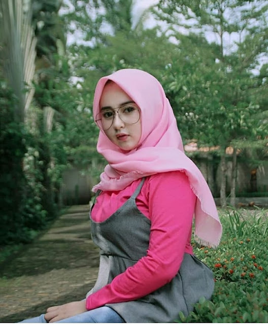Cute hijaber from West Java