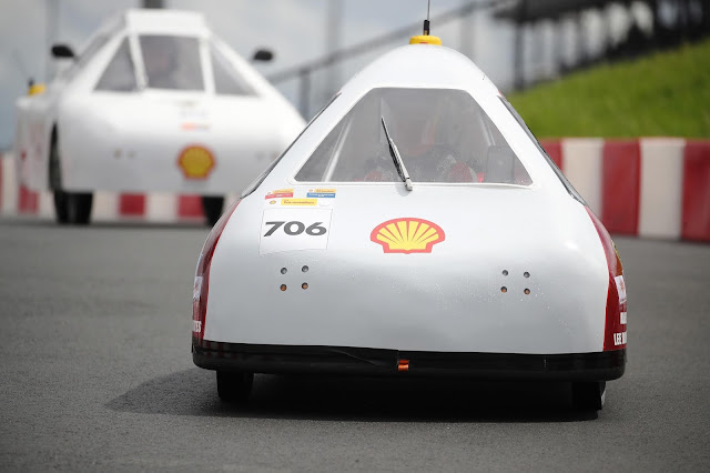 Mater Dei Supermileage team competing under UrbanConcept – Battery Electric category on the track at Make the Future Live California featuring Shell Eco-marathon Americas at Sonoma Raceway in Sonoma, Calif.
