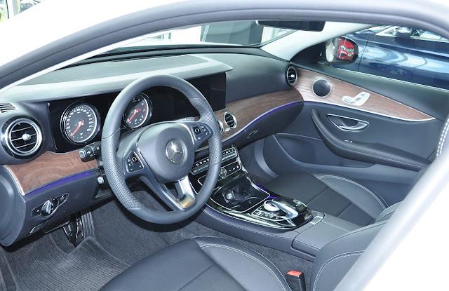 Nội thất Mercedes E200 thiết kế đầy táo bạo, trẻ trung, năng động