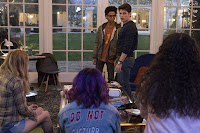 Gregg Sulkin and Rhenzy Feliz in Marvel's Runaways (61)