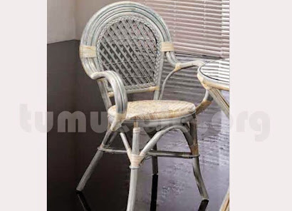 sillón para comedor hecho en caña de bambú y rattan natural natural j177