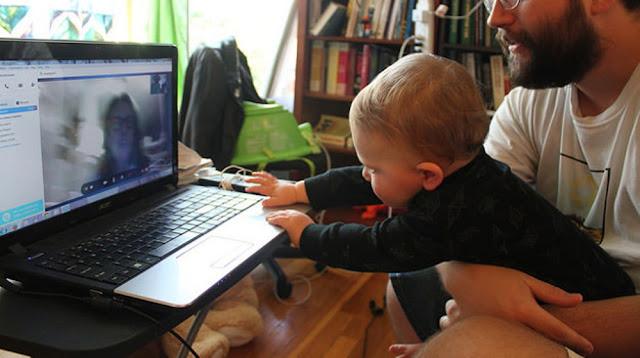 kid-skype-computer