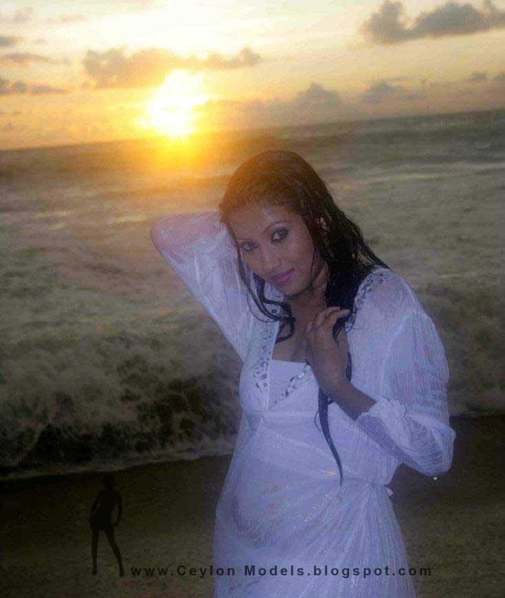 Fallon Michelle beach hot