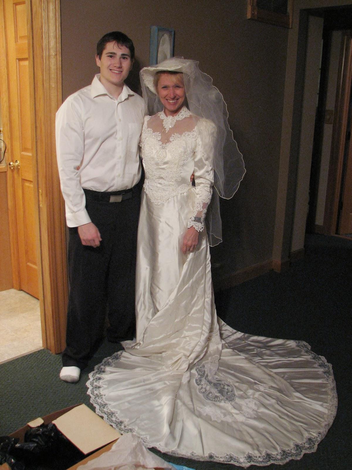 worst wedding dress pictures - HD1200×1600