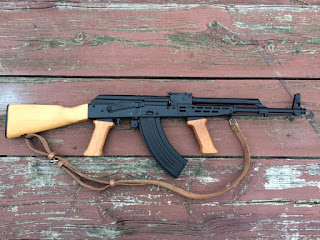 AKM-63-Right-side-sling-original-barrel