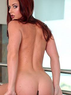 Victoria Redd picture 2