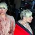 FOTOS HQ: Lady Gaga saliendo de su hotel en Milán, Italia - 18/01/18