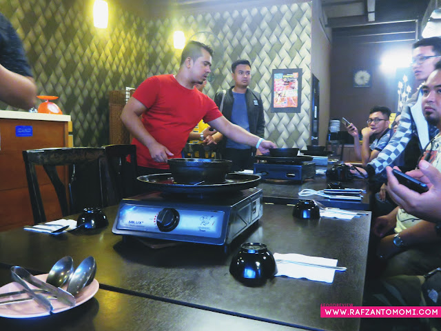 D'Kayangan Grill & BBQ Steamboat, Shah Alam - Harga Steamboat Serendah RM9.90!