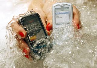 điện thoại di động ở Nhật có tính năng kháng nước
