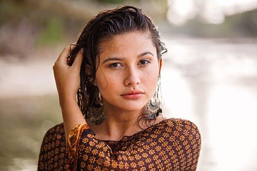 Cute fb Profile Pics, Stylish Girl Pic With Attitude