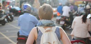 Cara Terbaik Mencari Teman Traveling