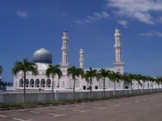 12 Ayat Al-Quran Tentang Masjid
