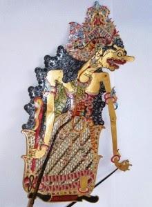 Selain itu, pertunjukan wayang kulit purwa mampu merefleksikan berbagai cabang seni. Bathari Durga (Bahasa Jawa dan Indonesia)