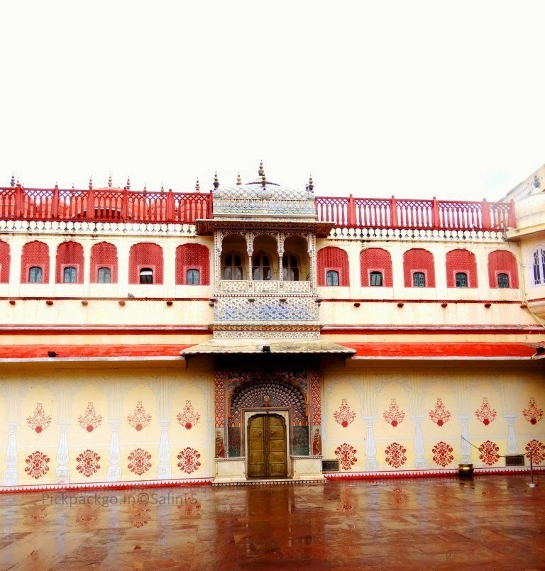 Preetam Niwas Chowk - The multi colored courtyard of  Jaipur city Palace - Rajasthan, India - Pick, Pack, Go