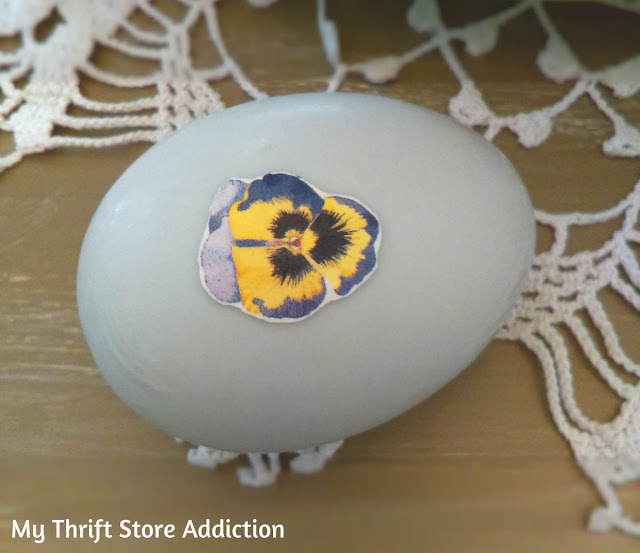 Upcycled floral eggs