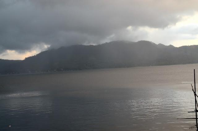 Ketenangan yang menghanyutkan Danau Tondano, Tondano, Sulawesi Utara +jelajahsuwanto