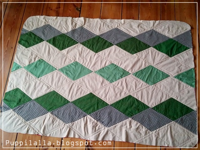 Diamonds, Patchwork, Lap Quilt, finished Quilt Top, Puppilalla