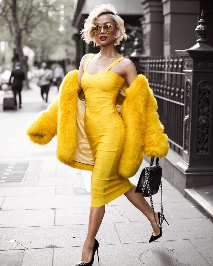 Fashionista in yellow- design addict mom