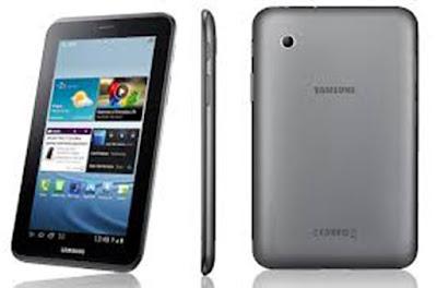 Spesifikasi  Samsung Galaxy Tab 2 7.0 P3110    Masih sama dengan Samsung galaxy tab P3100, spesifikasi Samsung Galaxy Tab P3110 di desain dan diproduksi memang untuk kalangan menengah ke bawah. Namun bukan berarti murahan juga. Kebanyakan produk Samsung Galaxy Tab yang beredar dibandrol dengan harga 3 jutaan. Namun berbeda dengan produk tersebut, kembali lagi pada hukum teknologi dan perdagangan bahwa harga yang murah memiliki spesifikasi yang sesuai pula.      Adapun spesifikasi tersebut adalah. Prosesor yang disesdiakan hanya mencapai 1 GHz dual core, ditemani oleh RAM dengan kapasitas 1 Gb. Sedangkan kapasitas penyimpanan data internal disediakan secara variatif dengan harga yang berbeda-beda juga. Mulai dari 8 Gb, 16 Gb dan 32 Gb. Kamera belakangnya pun hanya 3,15 Mpx dan kamera depan dengan kapasitas VGA. Sedangkan daya tahan baterainya hanya 4000 mAh yang mampu bertahan hingga 5 jam 48 menit.     Dibekali dengan Android 4.0 Ice Cream Sandwich yang dapat Anda update ke Android 4.1 Jelly Bean.Selain itu mempunyai desain tipis dan ringan hanya 10.55 mm dan 344 gram sangat mudah dibawa kemana-mana.   Kelebihan   OS Android ICS dan bisa diupgrade ke Jelly Bean  Harga terjangkau  Prosesor dan fitur lumayan  Kamera cukup baik  Kekurangan   Tidak tersedia dukungan jaringan selular
