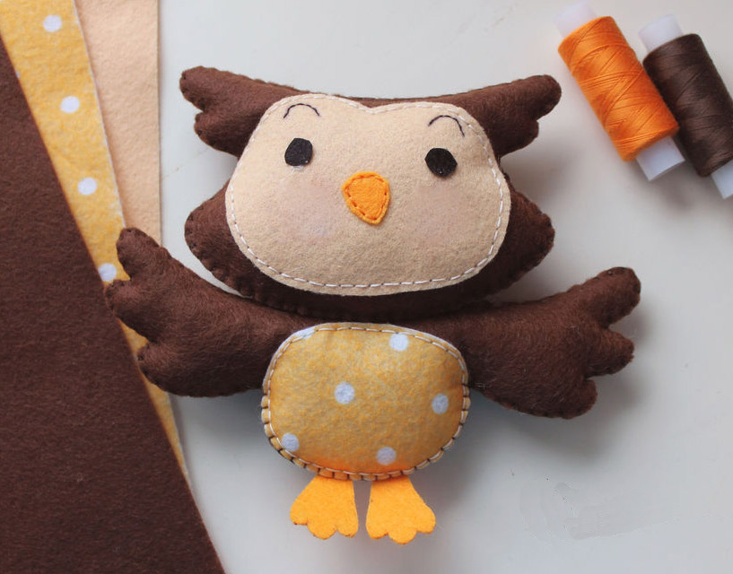 How to sew an owl out of felt. DIY Tutorial