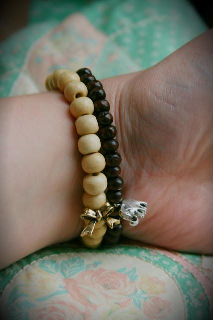 Prairie Charms, bracelets