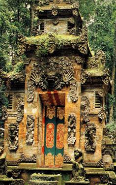 Gambar Pura Bukit Sari Sangeh di Bali