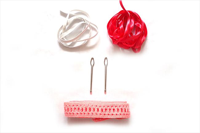 Aguja pasacintas con pasacintas, cinta y elástico