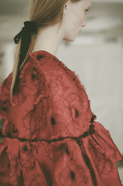 Runway : Oscar de la Renta Spring 2016 Photo by Billal Taright {Cool Chic Style Fashion}