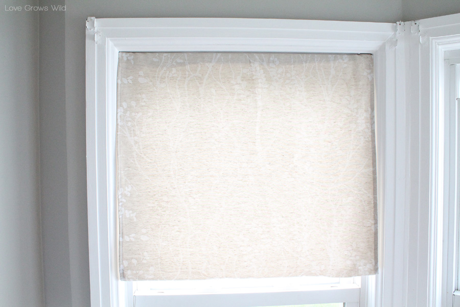Roman Shades That Hang From A Curtain Rod Bindu Bhatia