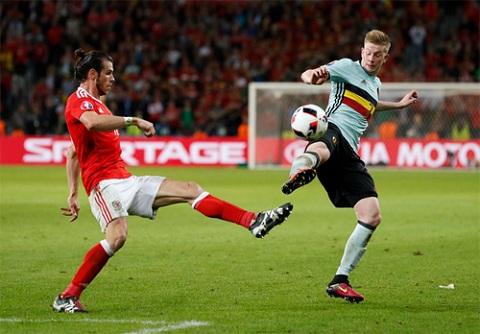 Bale là cầu thủ đắt giá nhất lịch sử thế giới, nhưng anh cũng chỉ là một mảnh ghép trong toàn bộ lối chơi nặng tính tập thể của Xứ Wales.