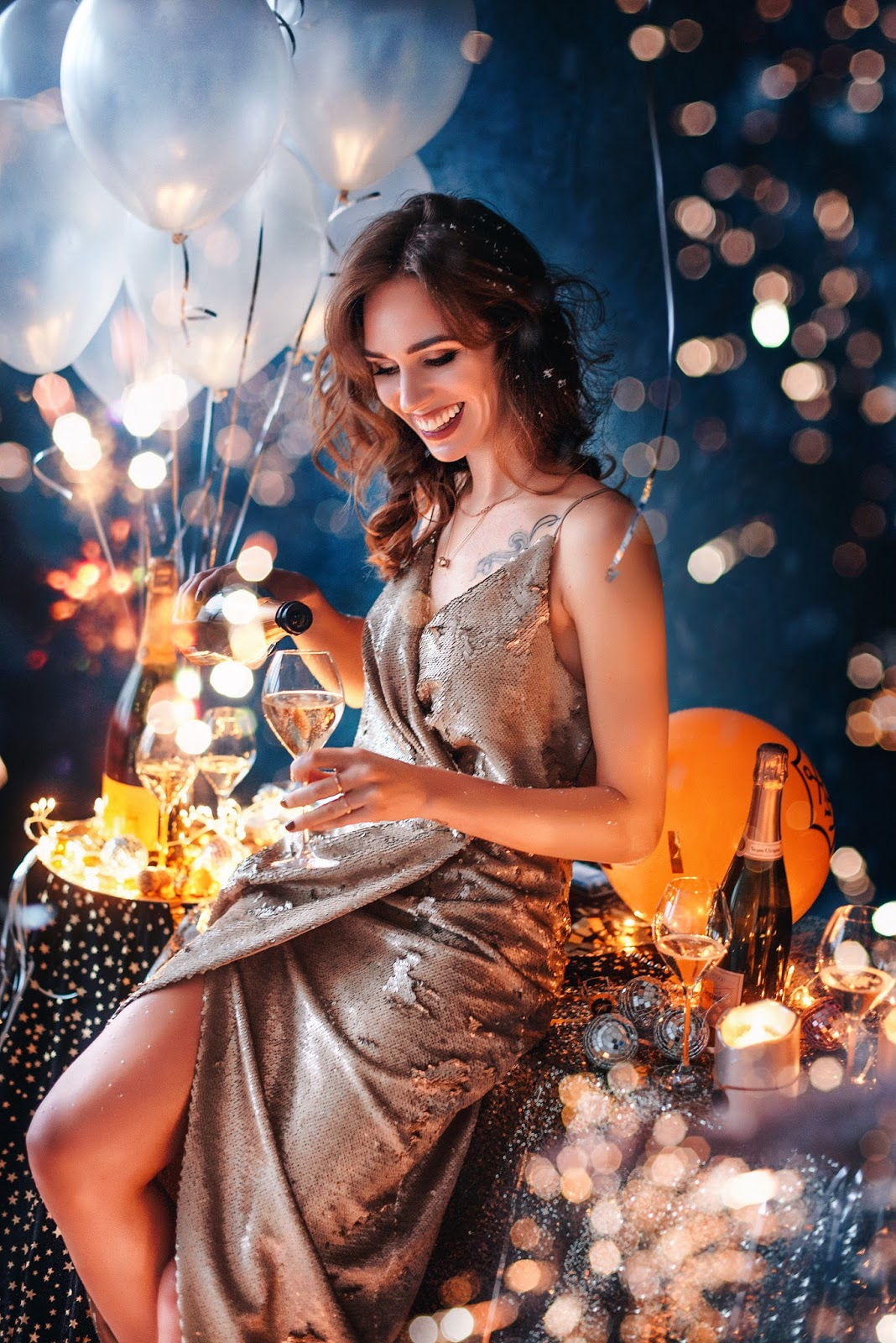 veuve clicquot champagne balloons confetty photoshoot
