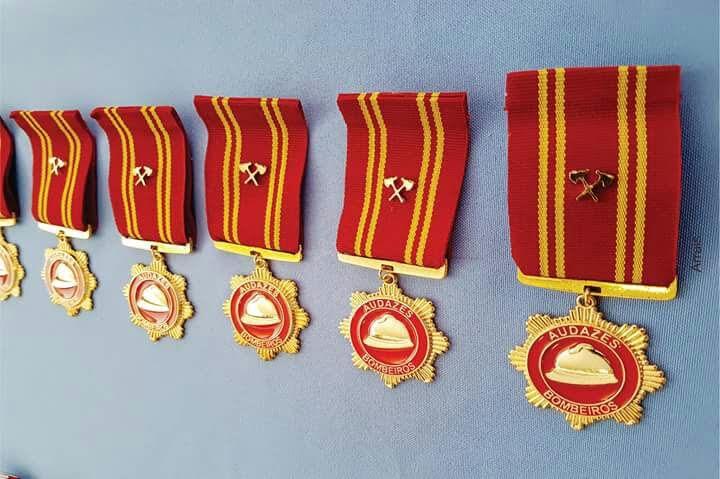 Resultado de imagem para medalha AUDAZES BOMBEIROS