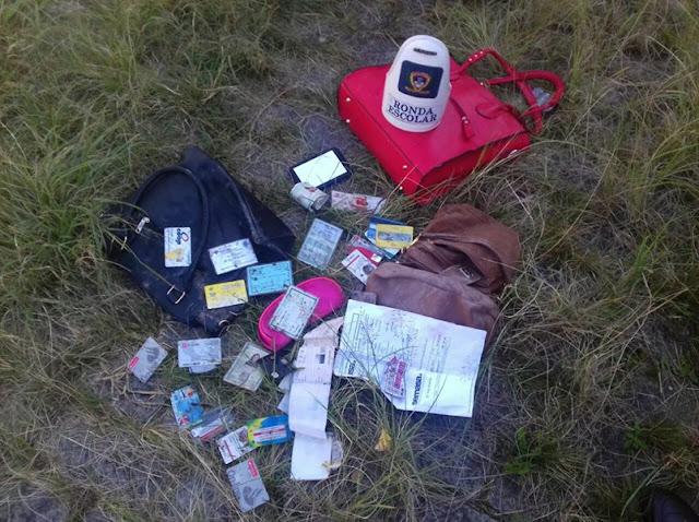SANTO ANDRÉ - Guardas Civis da Ronda Escolar localizam bolsas e documentos abandonados em terreno baldio no Jardim Estela