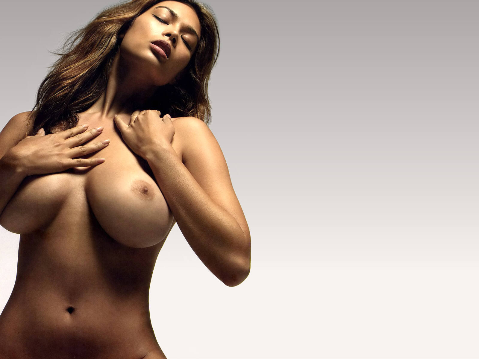 nude wife ass