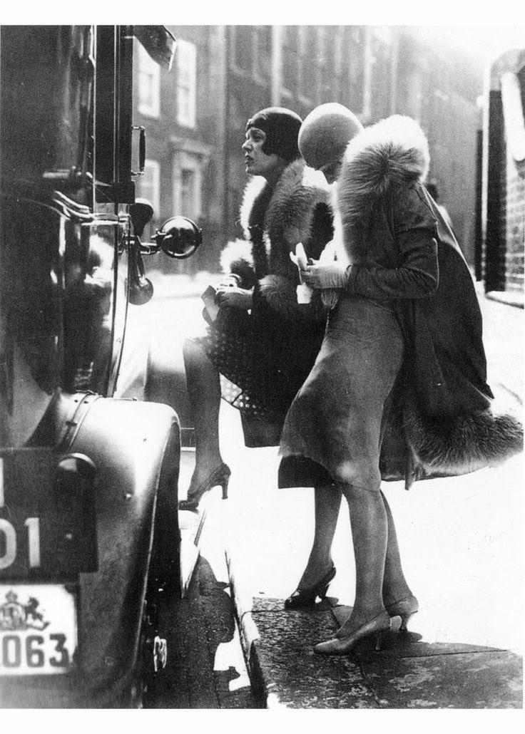 Bobbins and Bombshells: Fashionable History: Winter ...