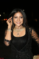Sakshi Agarwal looks stunning in all black gown at 64th Jio Filmfare Awards South ~  Exclusive 122.JPG