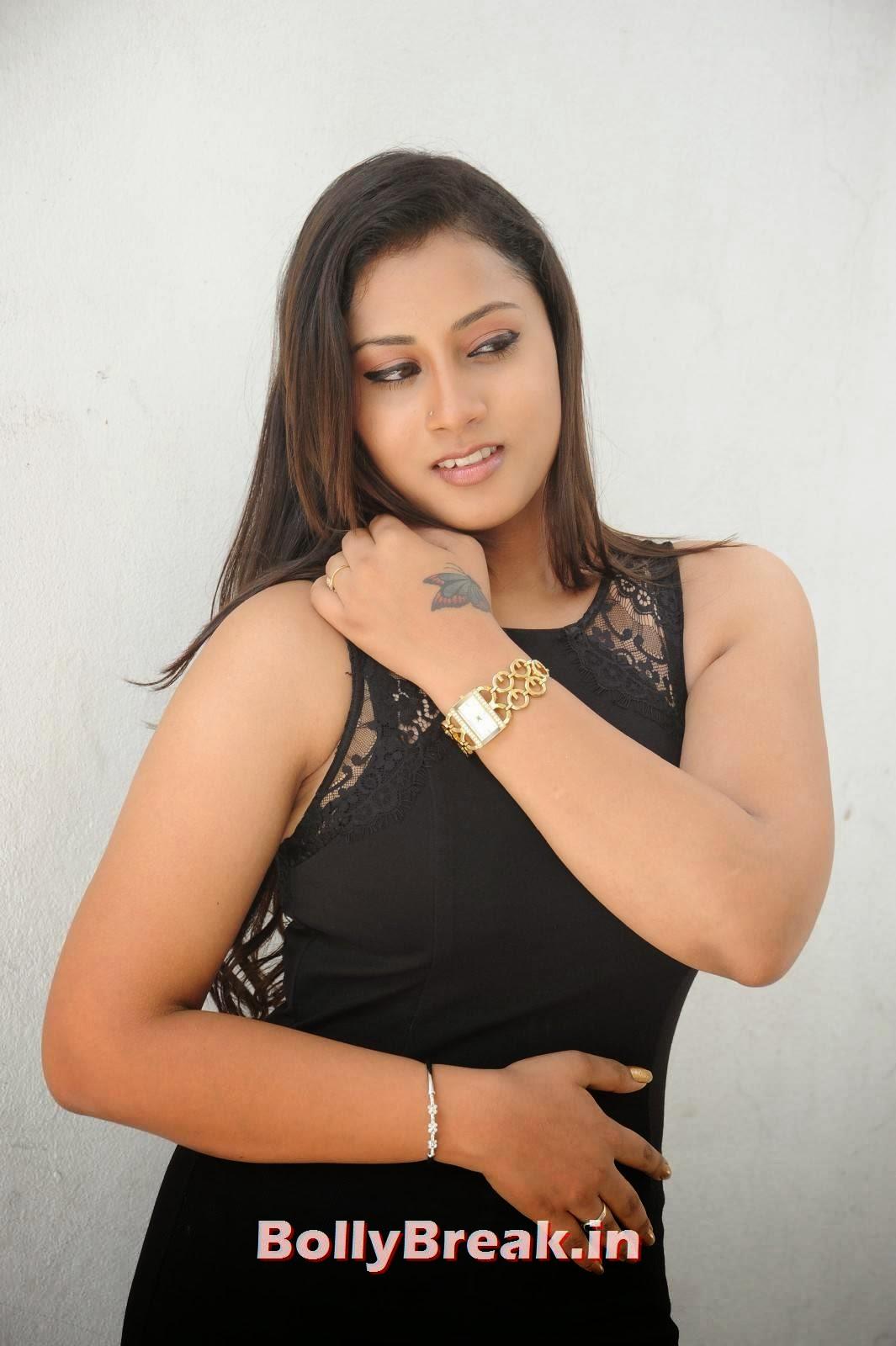 , Sarika HD Photo Gallery