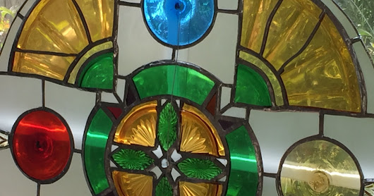 Green Cross rose window