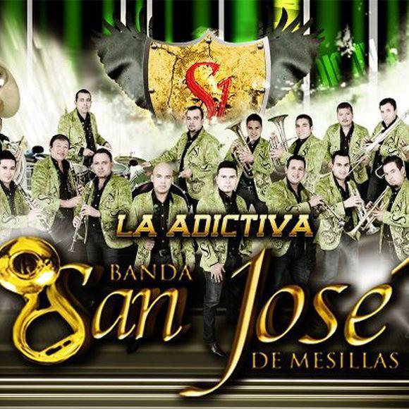La Adictiva Banda San Jose de Mesillas - En La Sierra y La Cuidad (La China) (2014)