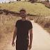 Kapitu substitui guitarras por violões e mostra vida no campo em seu novo clipe